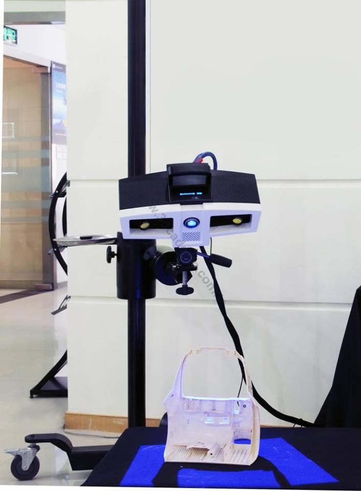 Máy quét, máy kiểm tra 3D đa dụng Optimscan, được sản xuất bởi Shining3D #S3D. Đáp ứng nhu cầu quét 3d sản phẩm và chức năng kiểm tra độ chính xác cao.
