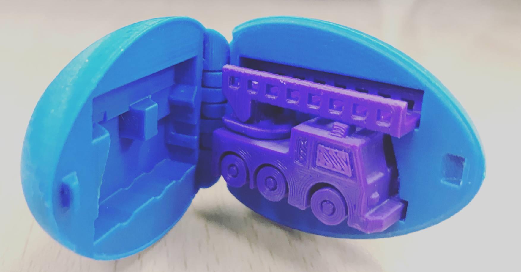 Máy in 3D là thiết bị hỗ trợ cho việc sáng tạo hữu ích. Mọi ý tưởng đơn thần trong suy nghĩ, trên bản vẽ đều có thể tạo thành sản phẩm nếu như có máy in 3d