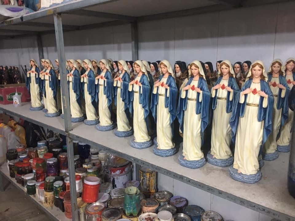Tượng Đức Mẹ đẹp tại Beconi. Beconi là công ty sản xuất Tượng Công Giáo đẹp tại Việt Nam. Trường phái Cổ Điển Phục Hưng Italia với quy trình thủ công, nguyên phụ liệu nhập khẩu hoàn toàn. Tượng Đức Mẹ tại Beconi đa dạng mẫu mã, chất lượng cao: Đức Mẹ Núi Cúi, Đức Mẹ La Vang, Đức Mẹ Hằng Cứu giúp, Đức Mẹ Fatima, Đức Mẹ Lộ Đức, Đức Mẹ Bế Chúa, Đức Mẹ Mang Thai, Đức Mẹ Ban Ơn, Đức Mẹ Lên Trời, Đức Mẹ...